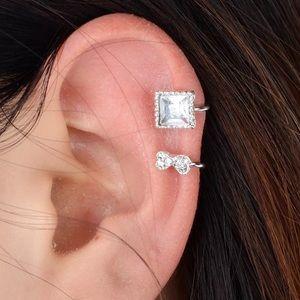 Jewelry - Fun and  funky ear jacket.